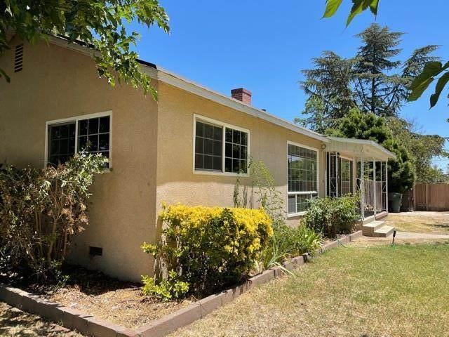 650 N 8th St, Chowchilla, CA 93610 (#ML81848318) :: Real Estate Experts