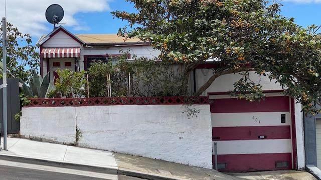 601 Banks St, San Francisco, CA 94110 (#ML81850377) :: The Kulda Real Estate Group