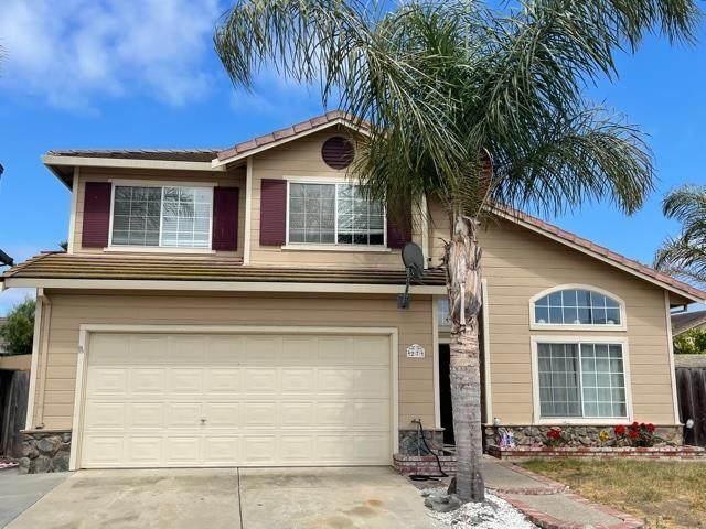27 Bernardo Cir, Salinas, CA 93905 (#ML81851386) :: The Kulda Real Estate Group