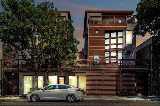 420 Cambridge Ave 3 - Photo 1
