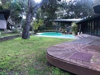73 E Garzas Rd, Carmel Valley, CA 93924 (#ML81855114) :: Intero Real Estate