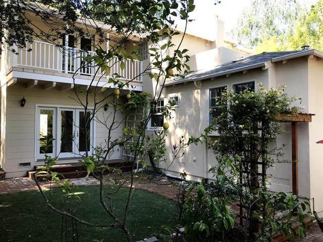 2131 Amherst St, Palo Alto, CA 94306 (#ML81856348) :: The Gilmartin Group