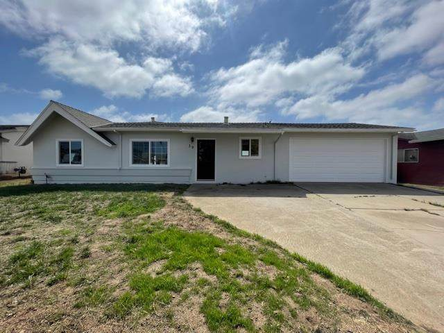 39 Norman Way, Salinas, CA 93906 (#ML81863287) :: The Goss Real Estate Group, Keller Williams Bay Area Estates