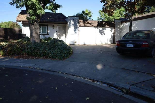 317 Ladona Ct, Modesto, CA 95354 (#ML81863894) :: The Kulda Real Estate Group