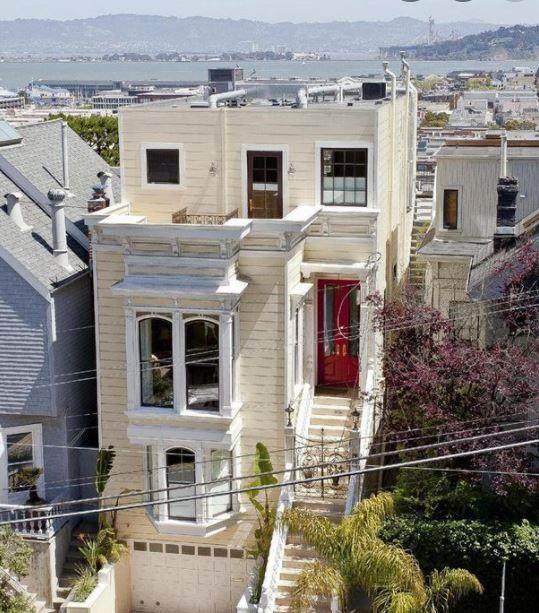 2502 Leavenworth St, San Francisco, CA 94133 (#ML81864254) :: The Realty Society