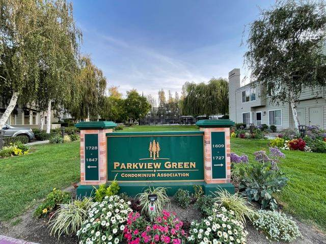 1812 Parkview Green Cir - Photo 1