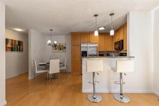 1477 Floribunda Ave 104, Burlingame, CA 94010 (#ML81867430) :: The Kulda Real Estate Group