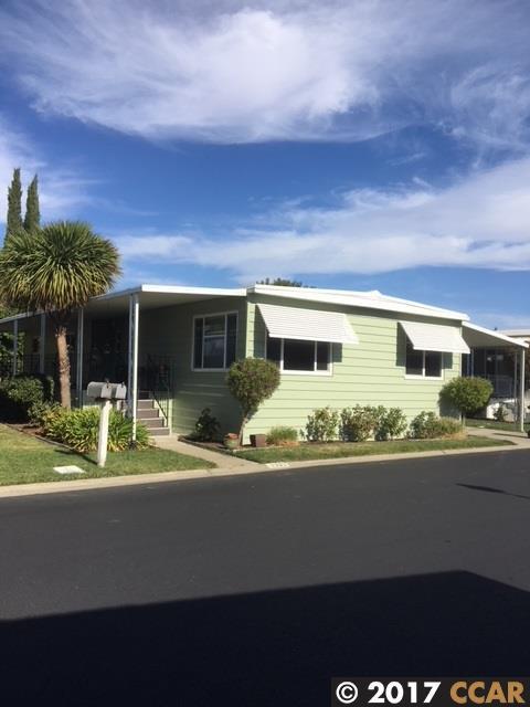 2322 Dalis Drive, Concord, CA 94520 (#CC40802260) :: The Dale Warfel Real Estate Network
