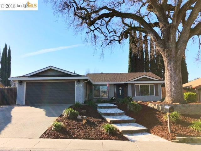 7105 Canelo Hills Dr, Citrus Heights, CA 95610 (#EB40810858) :: The Gilmartin Group