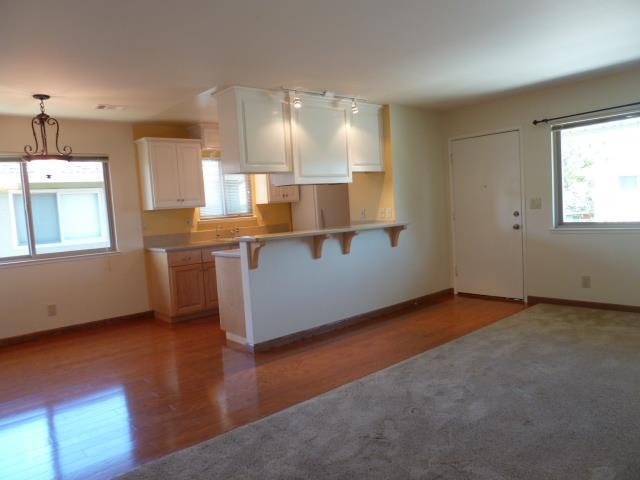 1455 45th Ave 4, Capitola, CA 95010 (#ML81656320) :: Michael Lavigne Real Estate Services