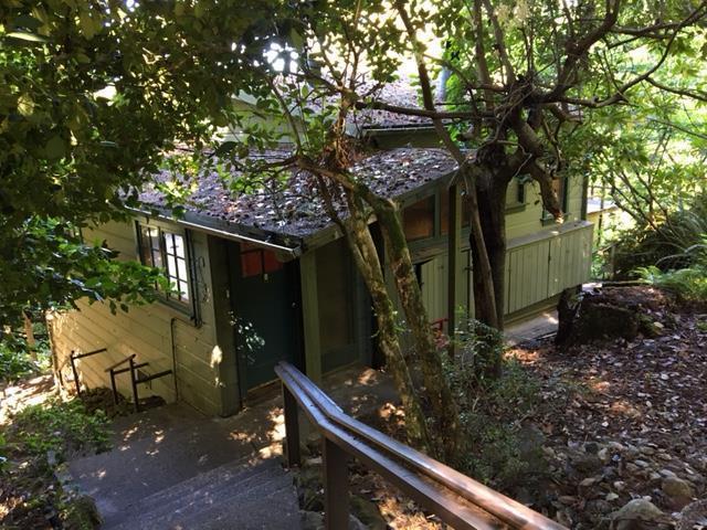 112 Comstock Rd, Woodside, CA 94062 (#ML81668610) :: The Kulda Real Estate Group