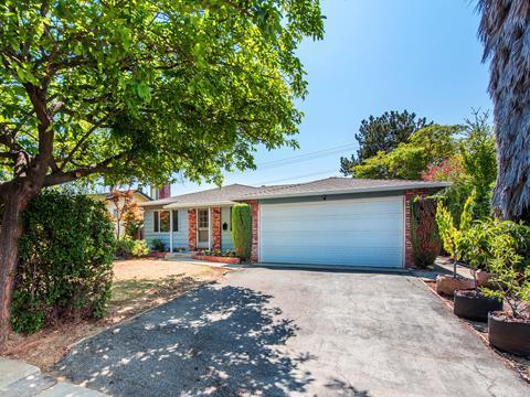 7552 Shadowhill Ln, Cupertino, CA 95014 (#ML81674206) :: RE/MAX Real Estate Services