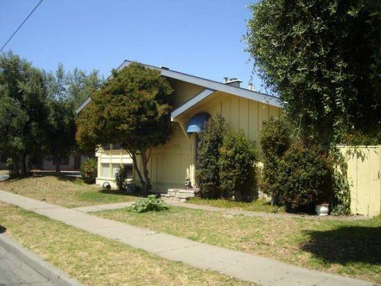 592 University Ave, Salinas, CA 93901 (#ML81689706) :: The Goss Real Estate Group, Keller Williams Bay Area Estates