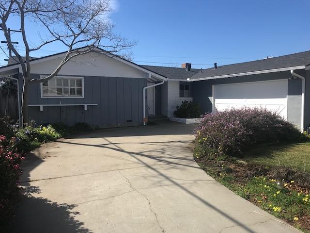 753 W Acacia St, Salinas, CA 93901 (#ML81692531) :: Intero Real Estate