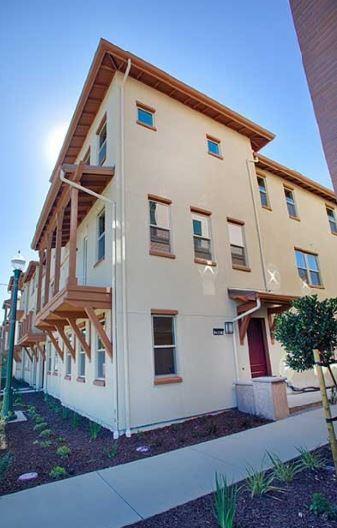 2687 Fifth St, Alameda, CA 94501 (#ML81694133) :: von Kaenel Real Estate Group