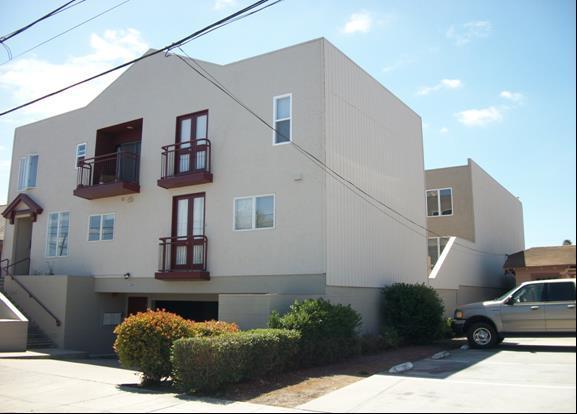 336 Cayuga St, Salinas, CA 93901 (#ML81695521) :: Intero Real Estate