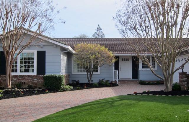 1209 Awalt Dr, Mountain View, CA 94040 (#ML81696177) :: The Dale Warfel Real Estate Network