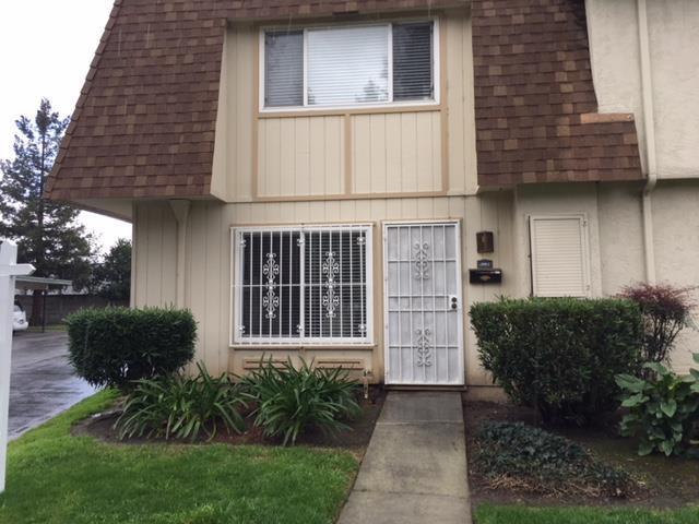 2002 Liberia Circle, San Jose, CA 95116 (#ML81696457) :: von Kaenel Real Estate Group