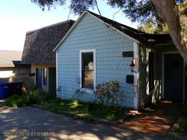 307 Congress Ave, Pacific Grove, CA 93950 (#ML81696871) :: The Goss Real Estate Group, Keller Williams Bay Area Estates