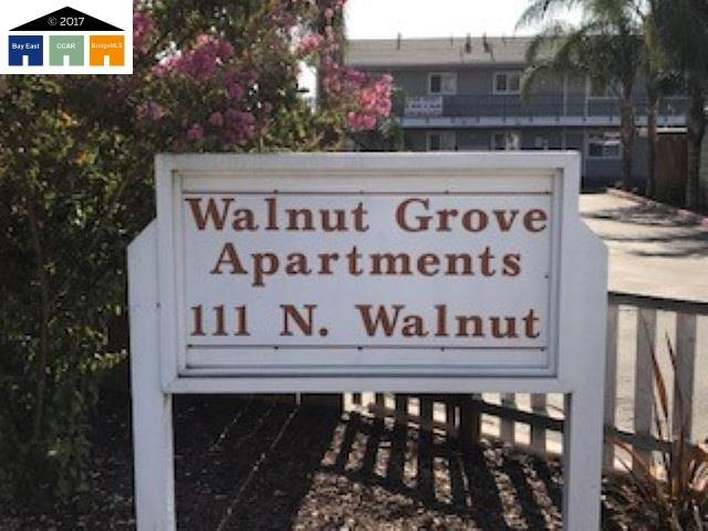 111 N Walnut Ave, Manteca, CA 95337 (#MR40793089) :: The Kulda Real Estate Group