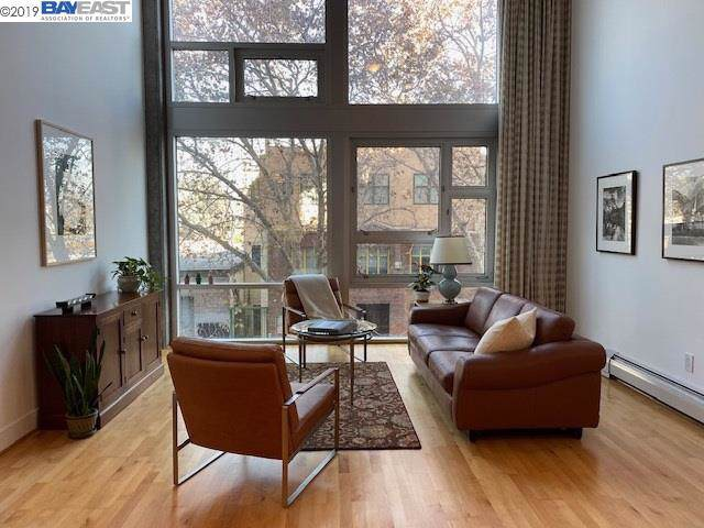311 Oak Street, Oakland, CA 94607 (#BE40889147) :: The Kulda Real Estate Group
