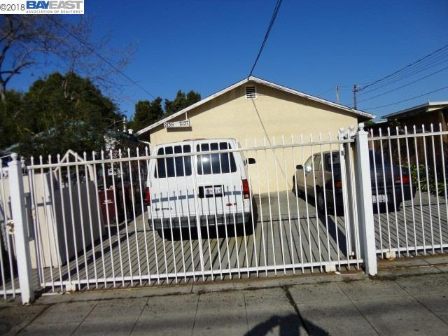 2137 Seminary Ave, Oakland, CA 94621 (#BE40838091) :: The Gilmartin Group