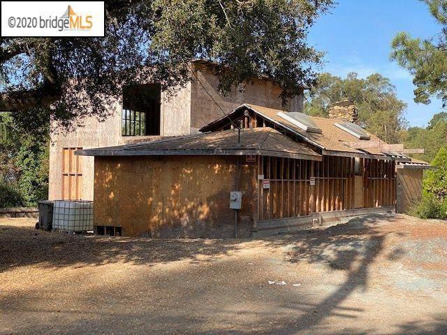 3551 Joaquin Miller Rd, Oakland, CA 94602 (#EB40922472) :: The Sean Cooper Real Estate Group