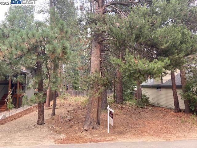 1129 Dedi Ave, South Lake Tahoe, CA 96150 (#BE40960782) :: Robert Balina | Synergize Realty