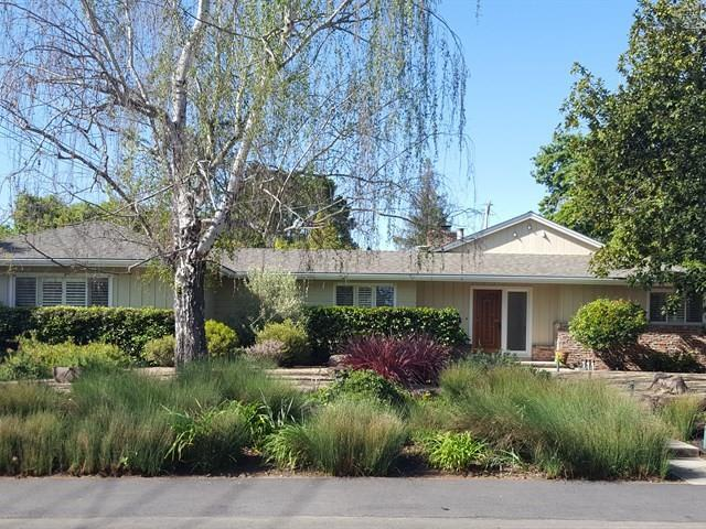 525 Oak Knoll Ln, Menlo Park, CA 94025 (#ML81702873) :: Astute Realty Inc