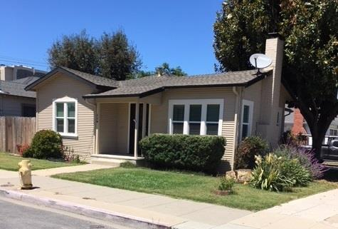 119 E San Luis St, Salinas, CA 93901 (#ML81717810) :: Strock Real Estate