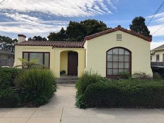 128 Pine St, Salinas, CA 93901 (#ML81739891) :: The Kulda Real Estate Group