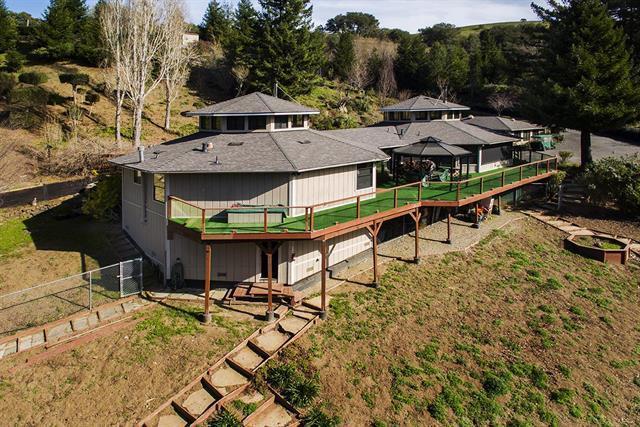 10707 La Honda Rd, Woodside, CA 94062 (#ML81745057) :: Strock Real Estate