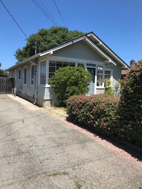 325 Park Way, Santa Cruz, CA 95062 (#ML81755491) :: Keller Williams - The Rose Group