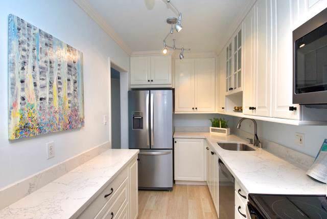 816 N Delaware St 310, San Mateo, CA 94401 (#ML81768400) :: Strock Real Estate