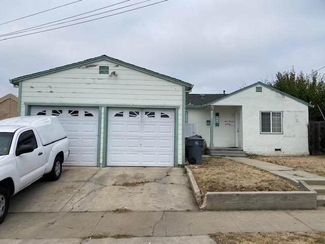 1049 Acosta St, Salinas, CA 93905 (#ML81784649) :: Alex Brant Properties