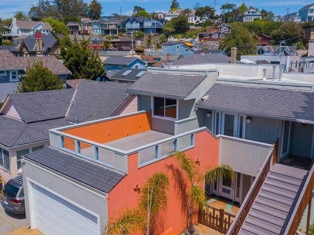 210 Stockton Ave, Capitola, CA 95010 (#ML81793223) :: RE/MAX Real Estate Services