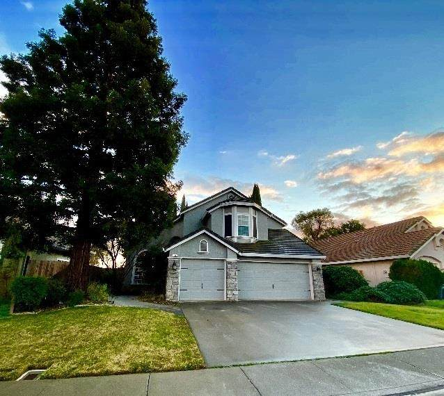 196 Oak Brook Ct, Vacaville, CA 95687 (#ML81826898) :: Real Estate Experts
