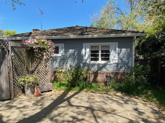 949 Dolores Ave, Los Altos, CA 94024 (#ML81837450) :: Intero Real Estate
