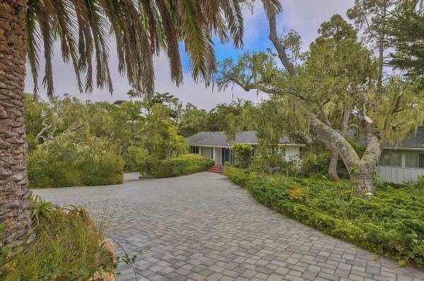 3245 Cabrillo Rd, Pebble Beach, CA 93953 (#ML81854071) :: Paymon Real Estate Group
