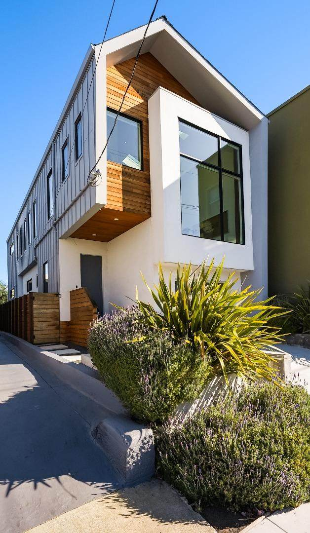668 43rd St, Oakland, CA 94609 (#ML81866538) :: The Sean Cooper Real Estate Group