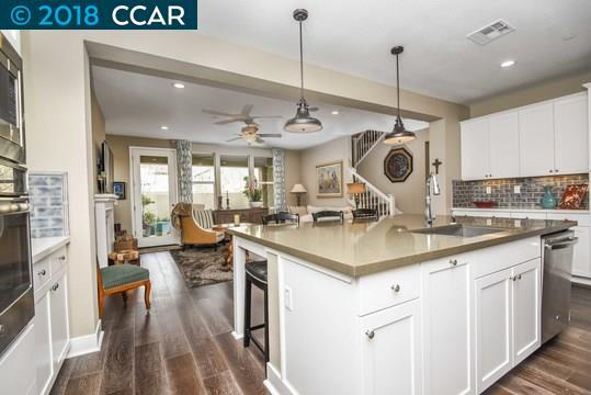 1162 Gardenia Loop, Hercules, CA 94547 (#CC40809154) :: The Kulda Real Estate Group