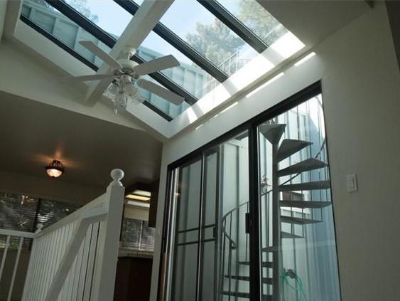 2102 Wharf Rd, Capitola, CA 95010 (#ML81671809) :: Michael Lavigne Real Estate Services
