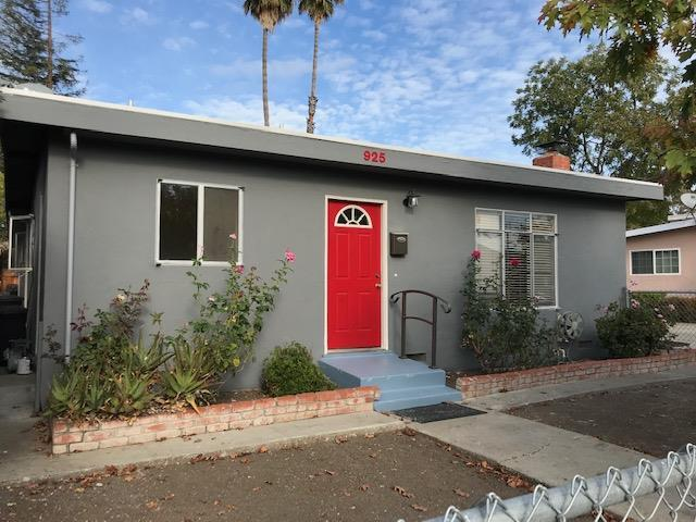 925 7th Ave, Redwood City, CA 94063 (#ML81726682) :: Julie Davis Sells Homes