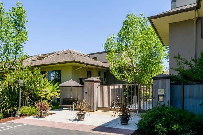 2140 Santa Cruz Ave C205 - Photo 1
