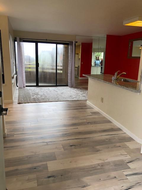 125 Surf Way 337, Monterey, CA 93940 (#ML81754689) :: RE/MAX Real Estate Services