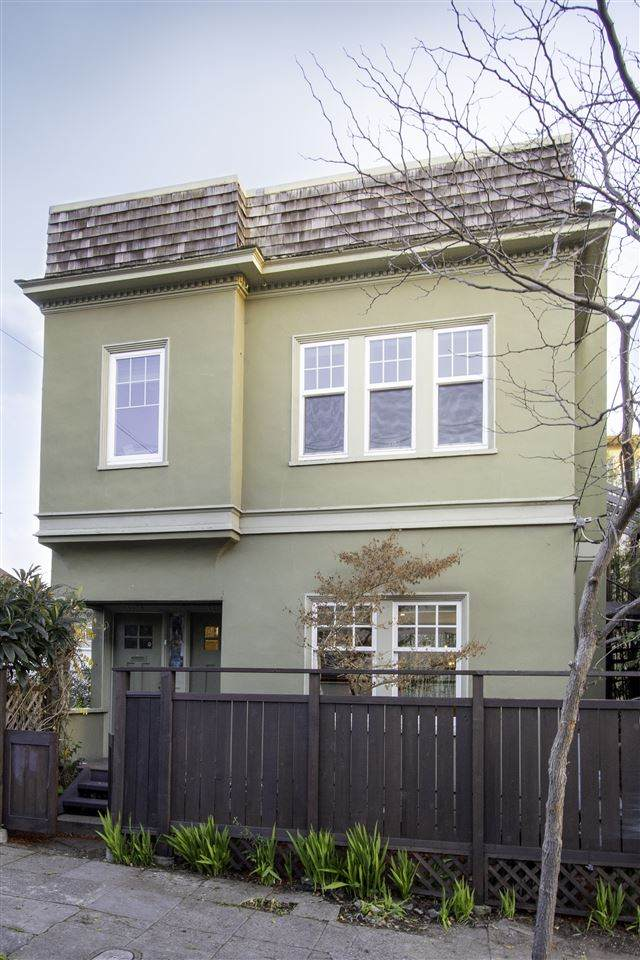 4104 Montgomery, Oakland, CA 94611 (#MR40892436) :: Keller Williams - The Rose Group