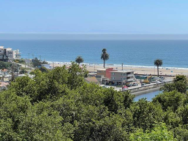 02 Sea Terrace, Aptos, CA 95003 (#ML81760438) :: Schneider Estates