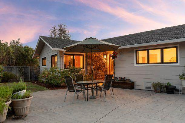 14231 Hilltop Way, Saratoga, CA 95070 (#ML81842644) :: Live Play Silicon Valley