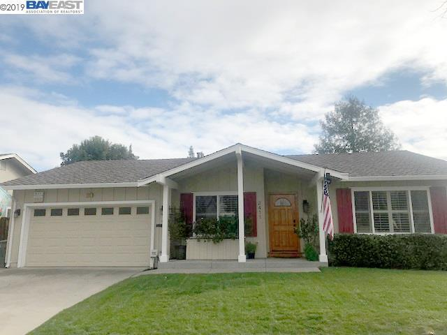 2411 Crestline Rd, Pleasanton, CA 94566 (#BE40852286) :: Strock Real Estate