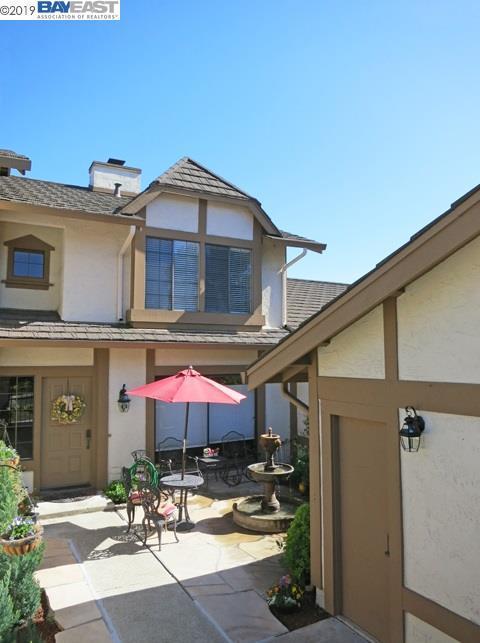 4192 Sora Common, Fremont, CA 94555 (#BE40860485) :: Strock Real Estate